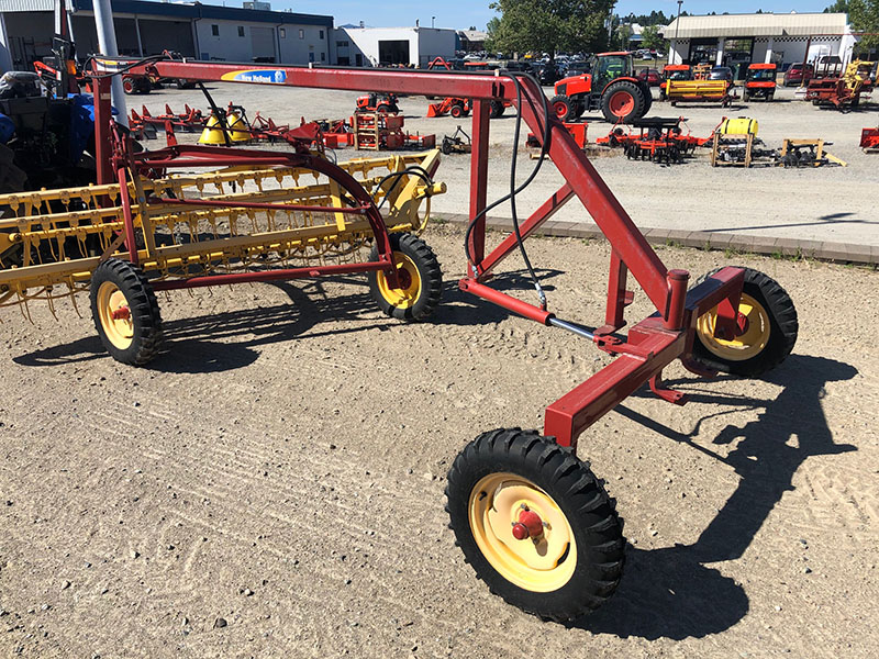 New Holland Pivot Tongue Rake Hitch