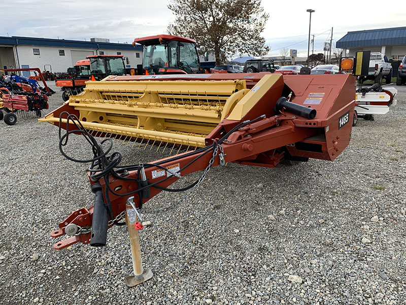 New Holland 9′ Sickle Swather