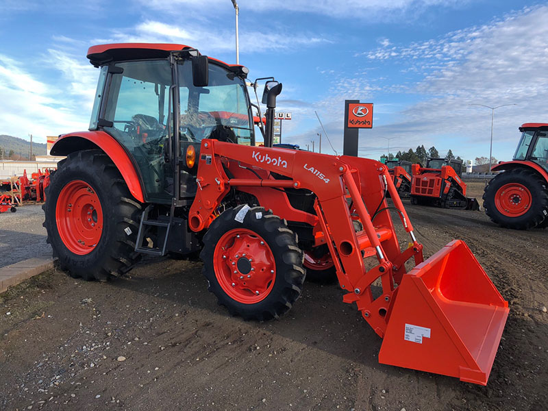 Kubota M4-071 Tractor